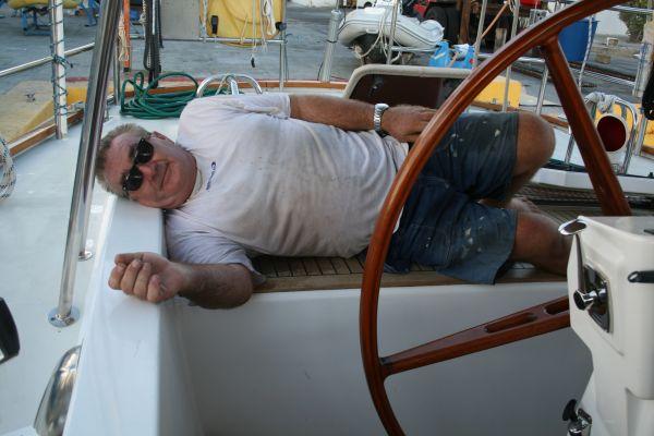 Trött men nöjd och lycklig kapten