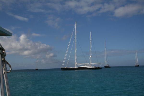 stora segelbåtar